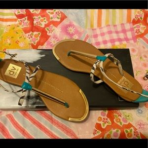 Dolce Vita Archer Sandals SIZE 6.5